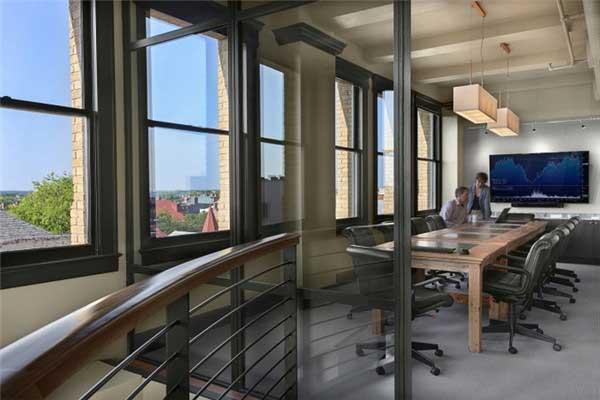 国外房地产公司办公室软装设计