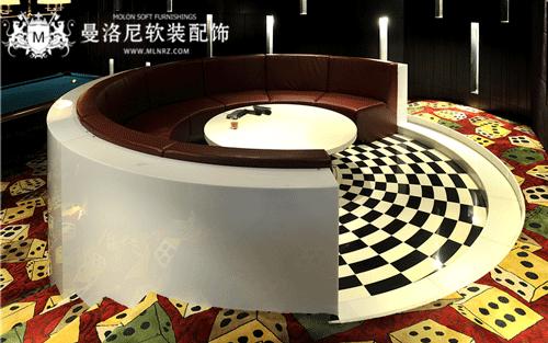 娱乐室多彩骰子地毯
