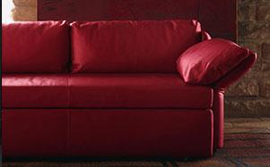 Poltrona Frau-正红色沙发